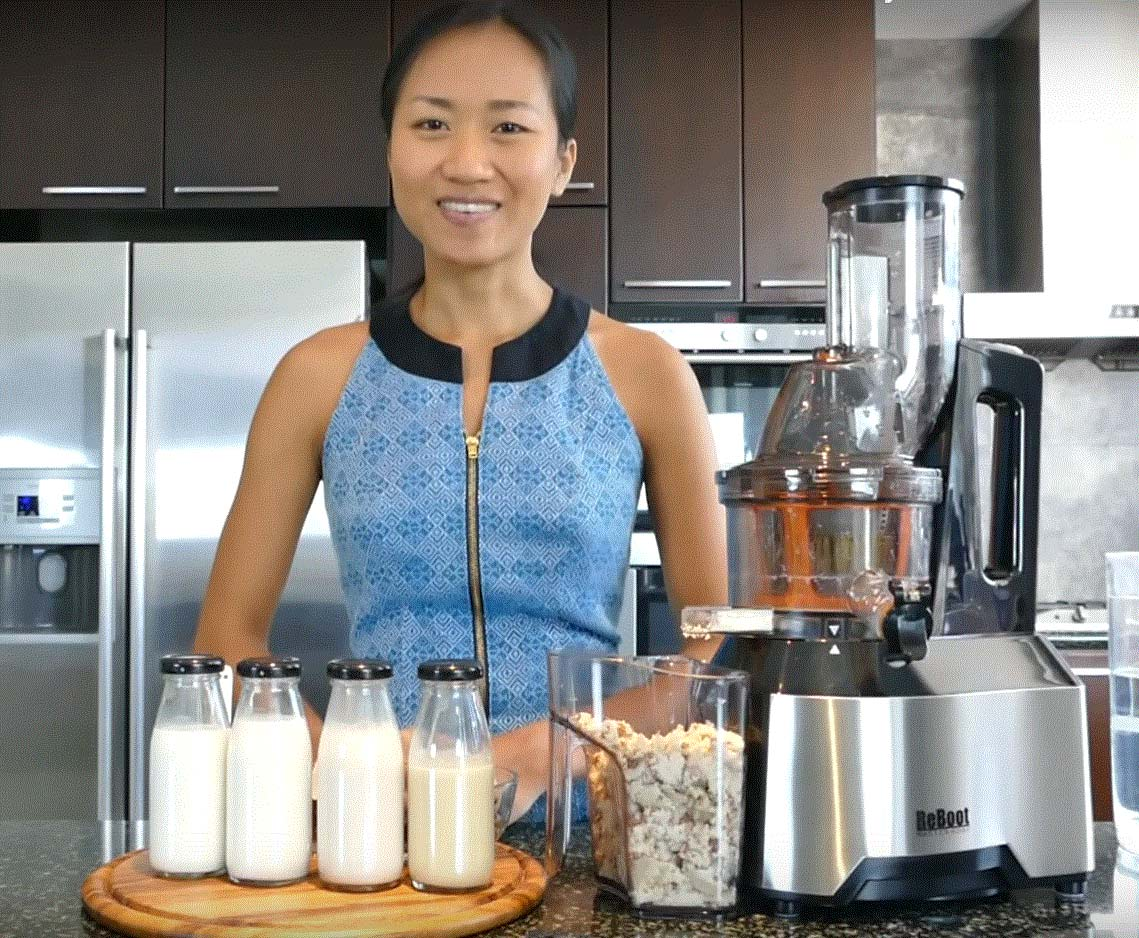 Almond Milk In Slow Juicer : almond-milk-thumb-nail-1139x938 Thailand juicerSlow juicers & ozone cleaners for home and ...