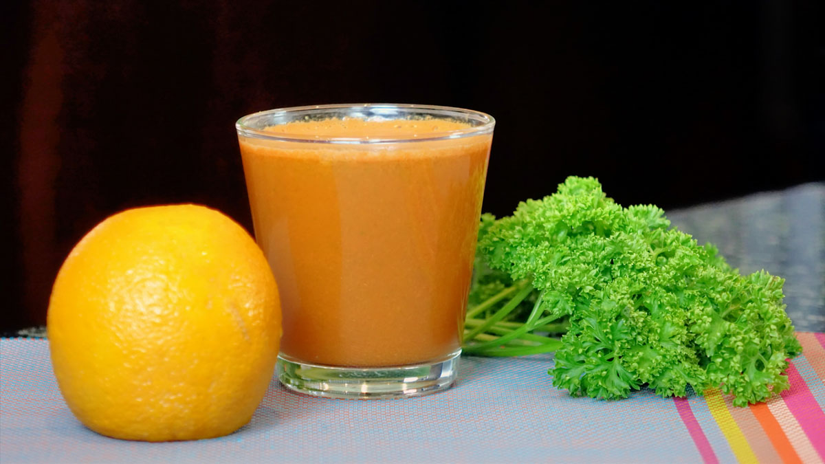 Recipes For Slow Juicers : Juice recipe using a mix of fruit and vegetables for slow ...
